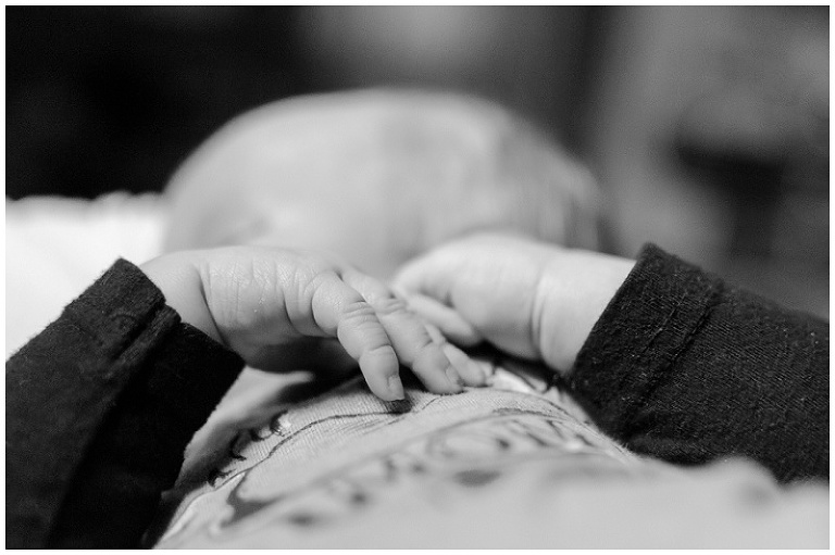 Breastfeeding, black and white photography, photo series, documentary - Kasey Wallace Photography - www.kaseywallacephoto.com