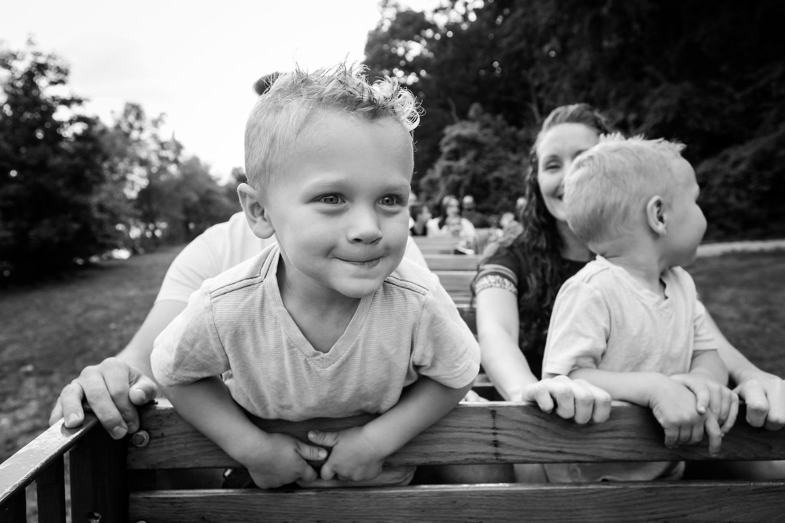 A Day in the Life Family Documentary photo sessions in Fort Wayne, Indiana by Kasey Wallace Photography. Family photography, children's photography, documentary photography.
